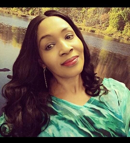 Kemi Olunloyo slams BBNaija housemate Mercy on American accent