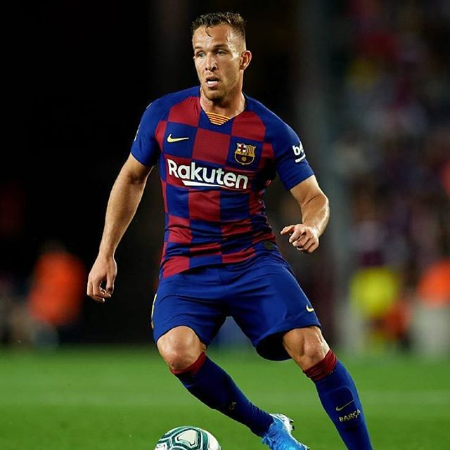 Juventus reportedly agree €75M to sign Arthur from Barcelona